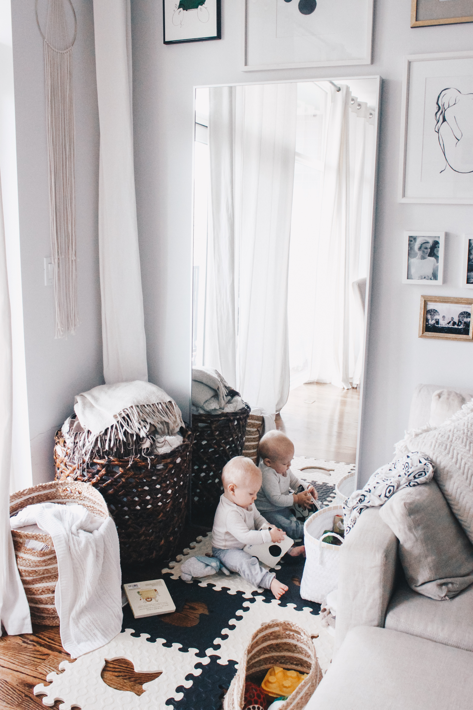 create a baby play area that blends in with your living room – Meg ...