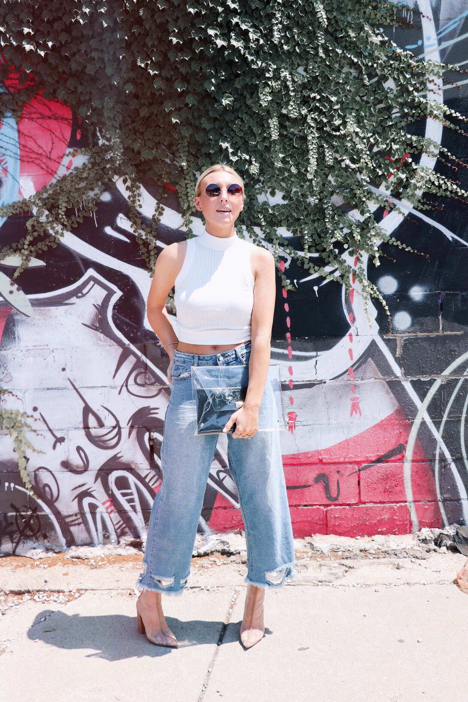 a223f849 10 clear handbags and how to wear the trend – Meg McMillin