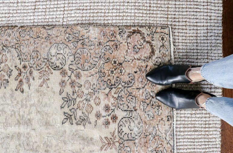 where to buy authentic vintage rugs for REALLY cheap